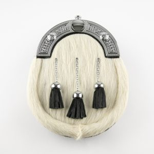 Dress Sporran - Off White Bovine, Celtic Cantle